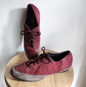 Munro Suede Leather Lace Up Sneakers